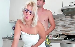 Fuck this milf why she is under way